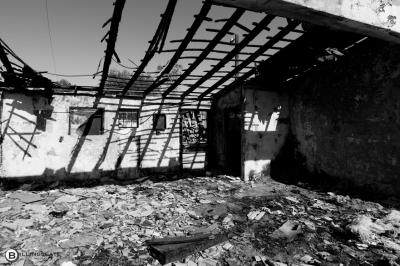 Burnt out building, Salton Sea